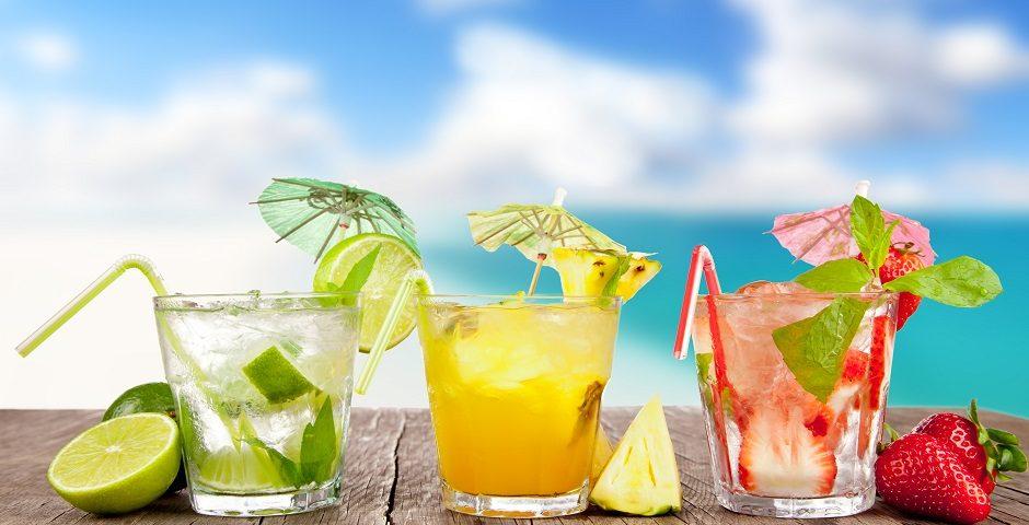 Yaz günleri için Titiz Ballı Yaz Kokteyli Tarifleri!  - kokteyl 940x480 - Yaz günleri için Titiz Ballı Yaz Kokteyli Tarifleri!