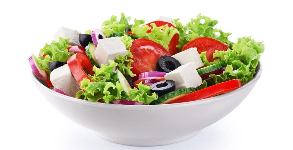 - tulum peynirli salata 1 940x480 - Tulum peynirli enfes salata tarifleri!